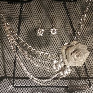 Flowers n' Chains Set